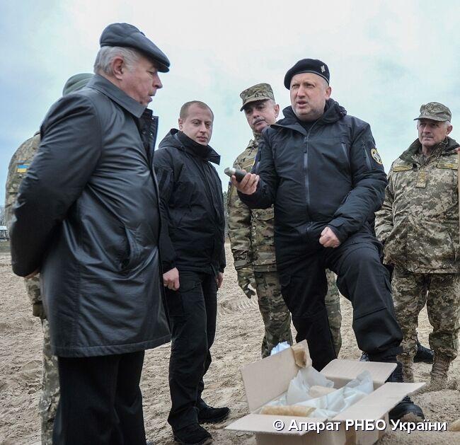 """Made in Ukraine: ВСУ испытали новые """"дефицитные"""" боеприпасы"""