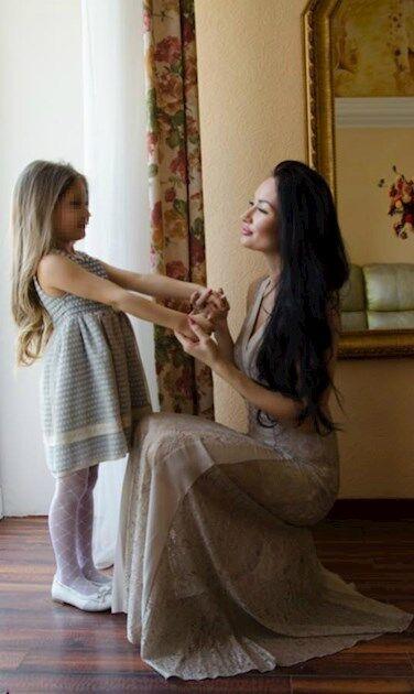 Наталя з донькою
