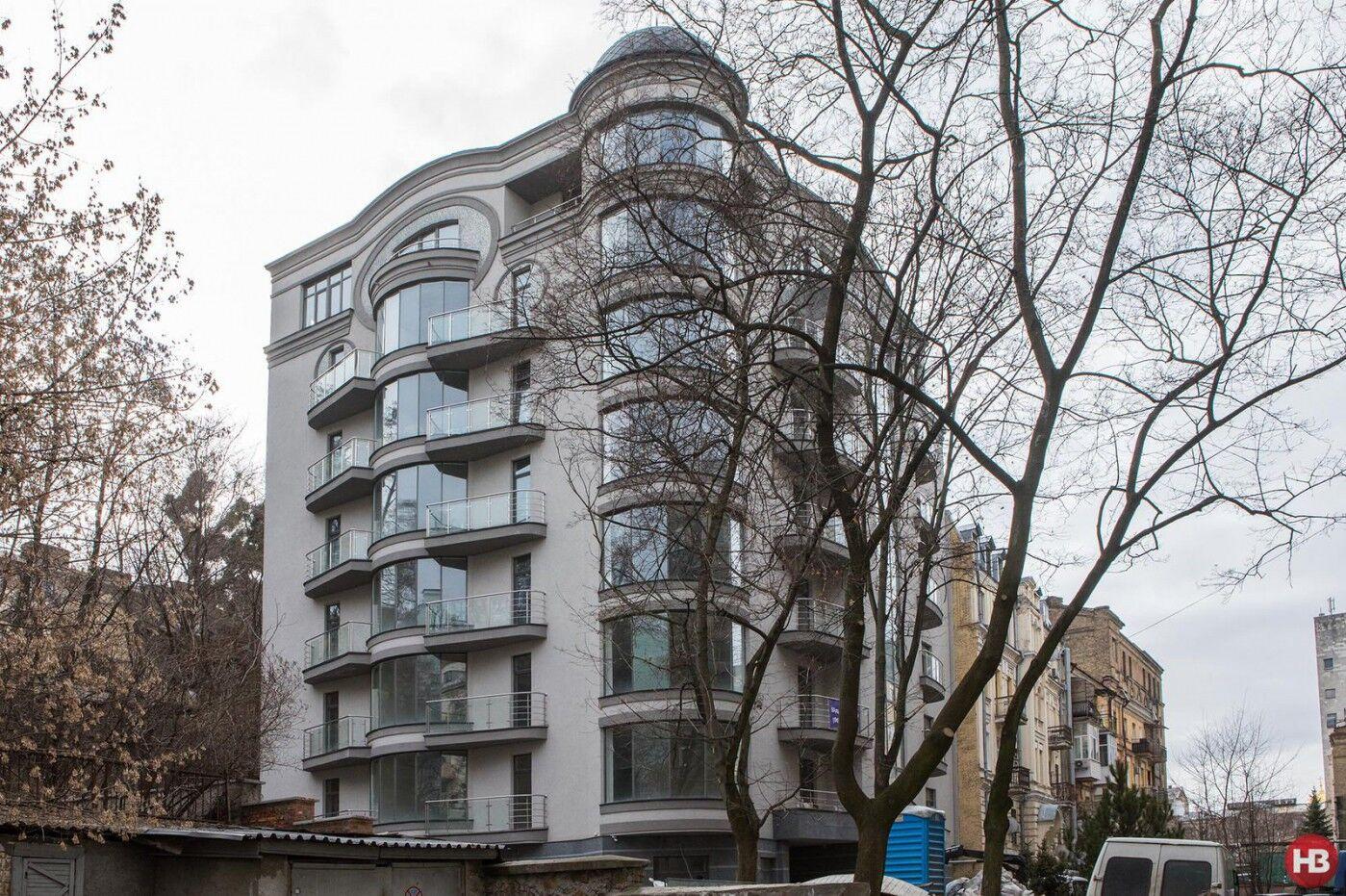 Лещенко показав свою квартиру через рік після скандалу