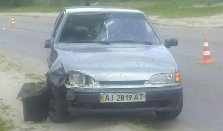 Авто, сбившее девочку