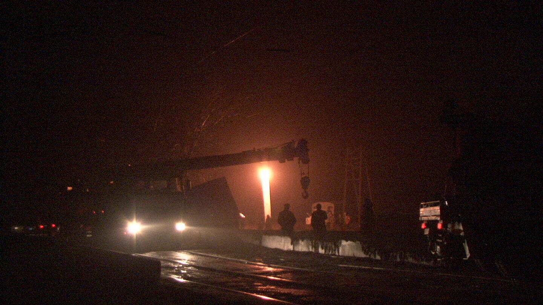 В Запорожье крупногабаритное авто едва не вылетело с моста