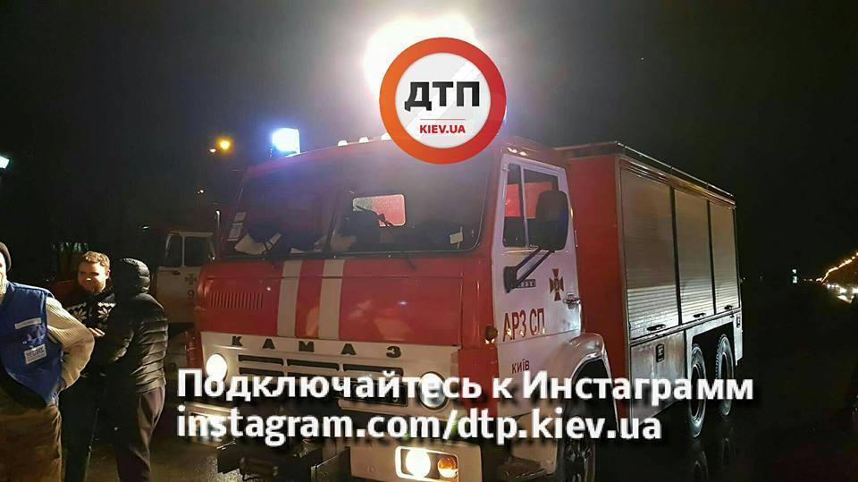 В Киеве маршрутка попала в жуткое ДТП
