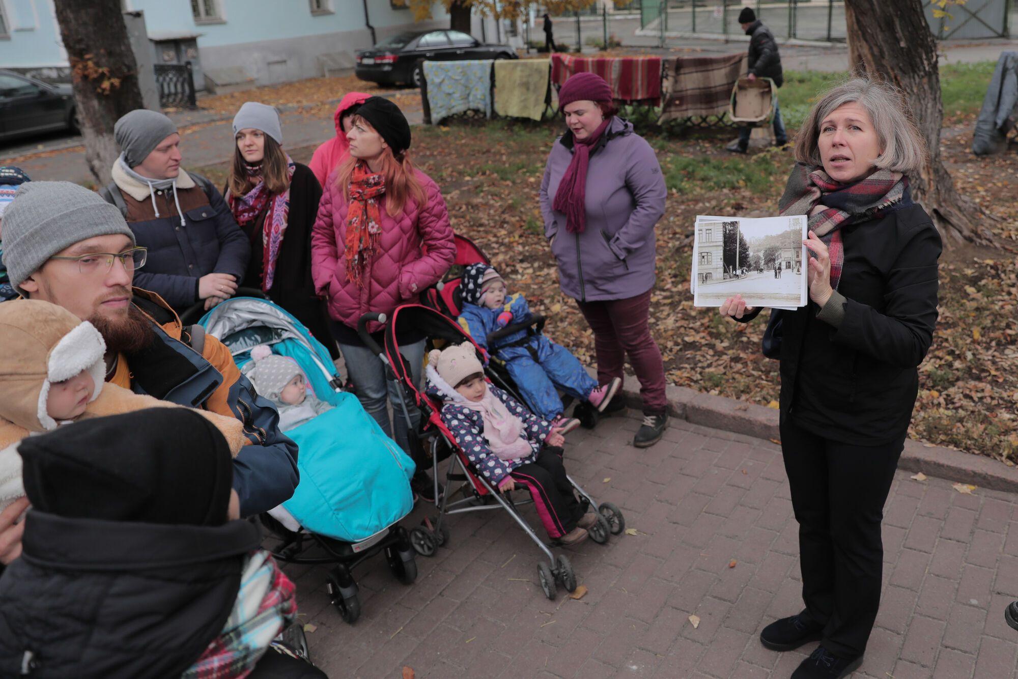 Украинские мамы выходят из гетто: вдохновляющая история активистки