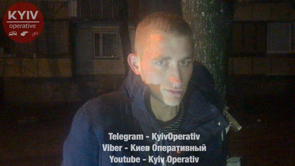 """В Киеве ушлый """"бизнесмен"""" отказался платить за такси и обчистил водителя"""