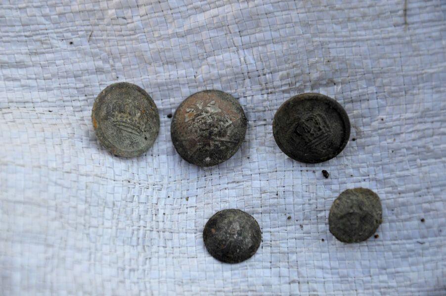 Черепа разбиты пополам: под Винницей нашли жуткое массовое захоронение