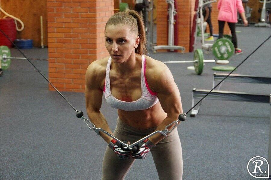 Александра Албу
