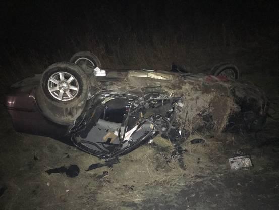 Легковушка влетела под КамАЗ: на Волыни произошло смертельное ДТП