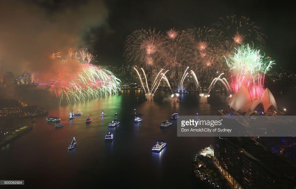 Грандиозные шоу фейерверков: как мир встречает Новый год