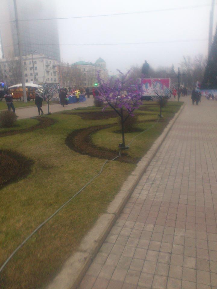 Донецк новогодний. Фошиздские фото из оккупации