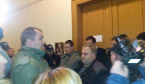 Вимагали відставки Садового: активісти знову заблокували мерію Львова