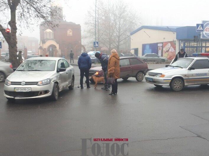 В Запорожской области два автомобиля попали в аварию (ФОТО)