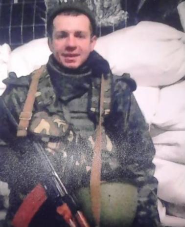 Молоді та красиві: в мережу потрапили фото бійців АТО, загиблих на Донбасі