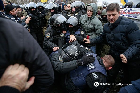 С обысками и угрозами: как в Киеве задерживали Саакашвили