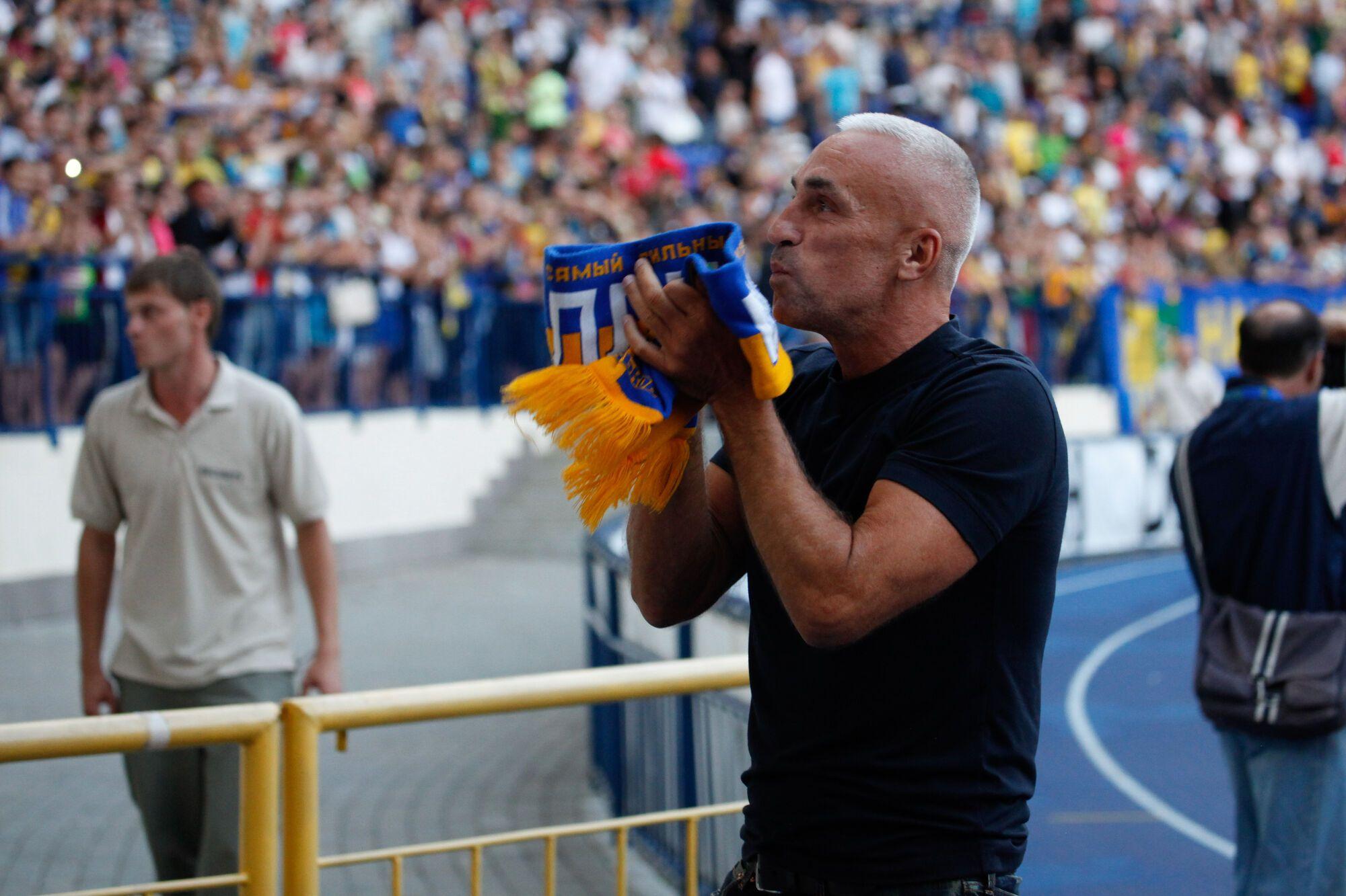 Харьковские спортсмены поздравили Александра Ярославского с днем рождения