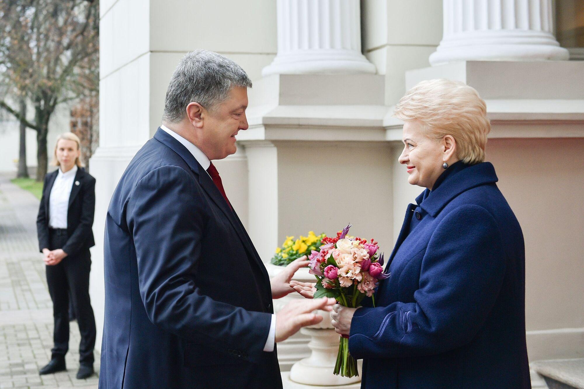Порошенко встретился с Грибаускайте: всплыли детали переговоров