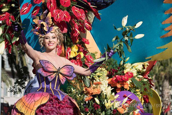 Самый красивый праздник в мире: яркие фото карнавалов Ниццы и Венеции