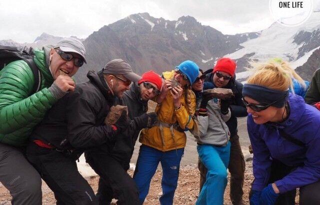 Знаменитая украинка после Эвереста покорила еще одну мировую вершину