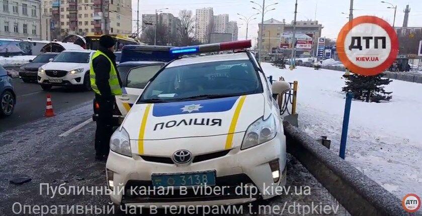 В Киеве произошло двойное ДТП с авто полиции