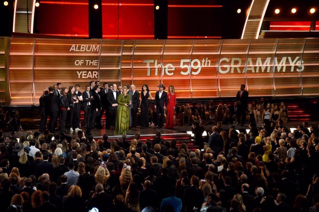 """Тріумф Адель і Девіда Боуї: у США роздали премію """"Греммі"""""""