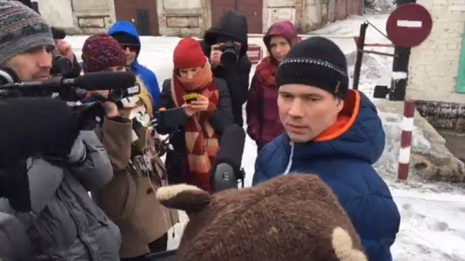 Узник Кремля на свободе: Дадина выпустили из колонии