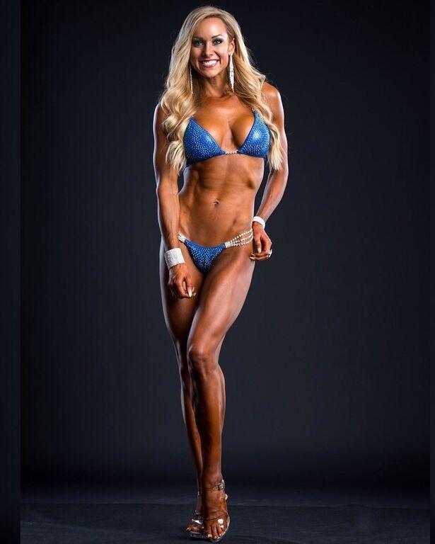Популярная фитнес-модель поразила своим видом до трансформации
