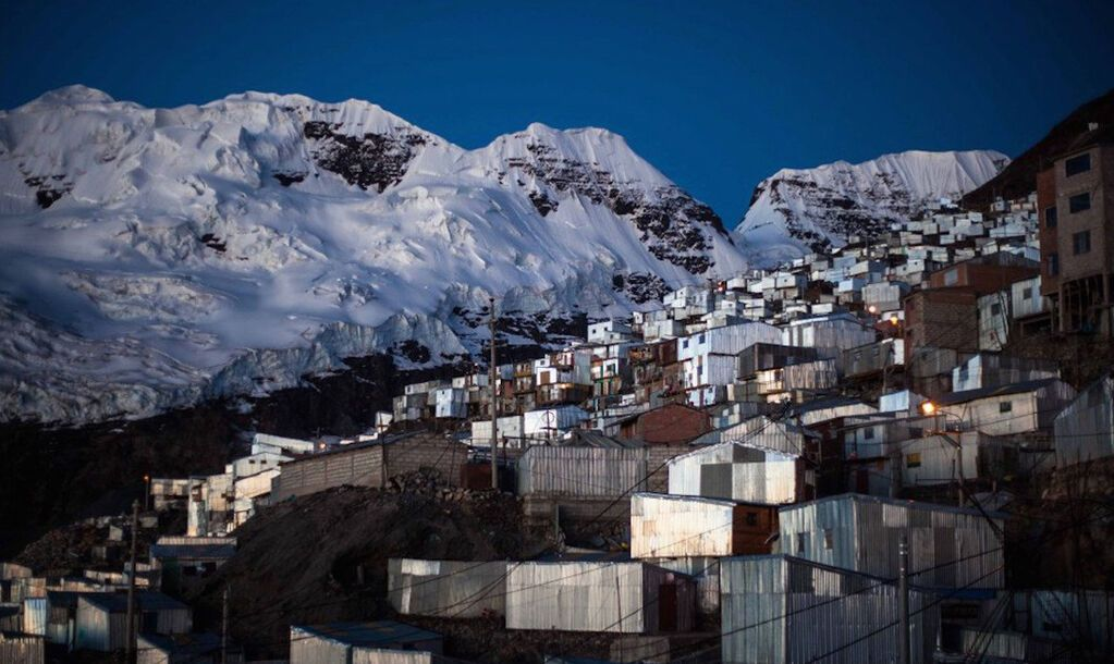Золото, мусор и безвластие: как живет самый высокогорный город мира