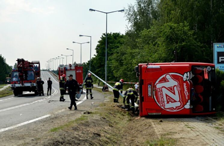 УПольщі перекинувся автобус, 28 постраждалих