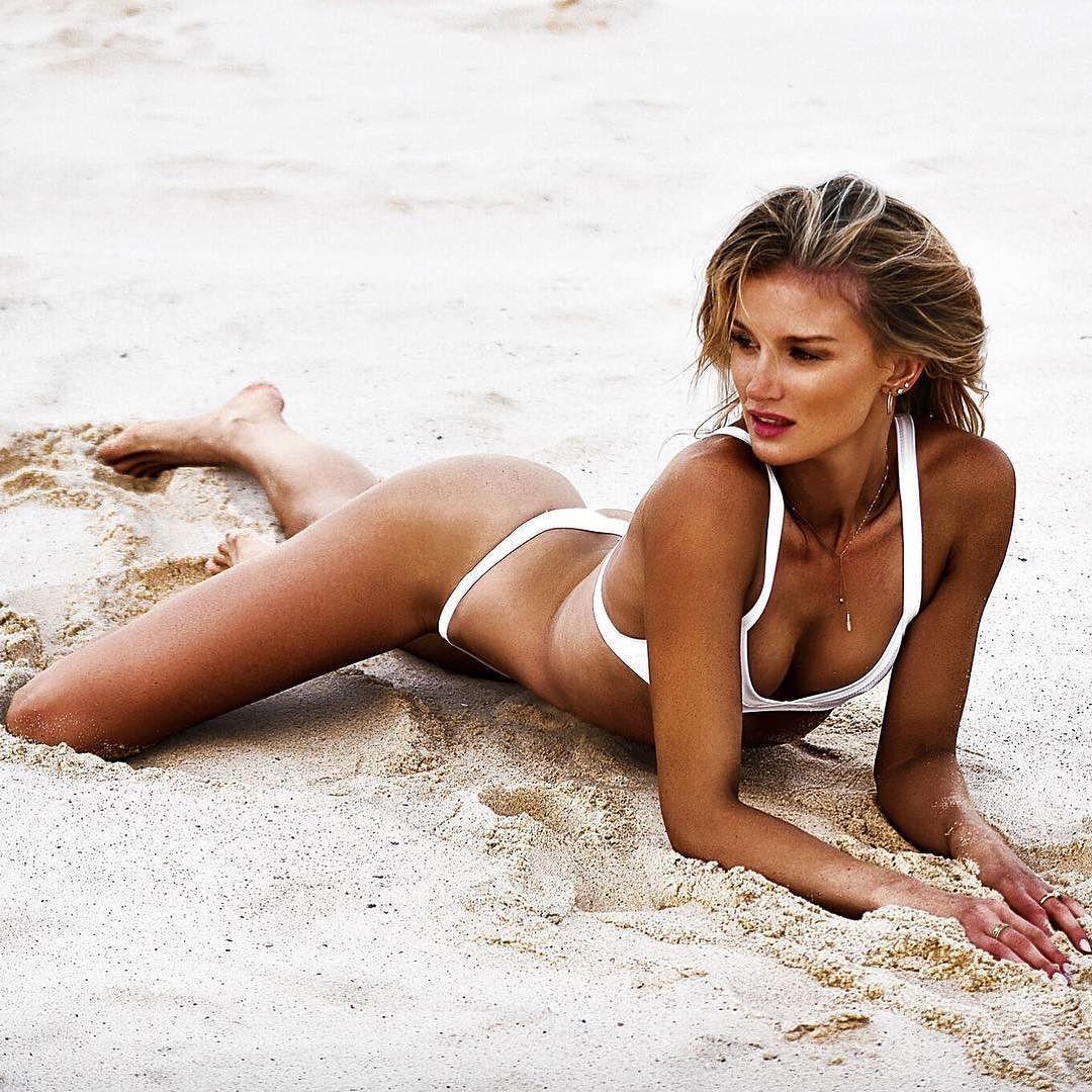 Австралійська легкоатлетка, яка поборола рак мозку, захопила мережу фото в купальнику