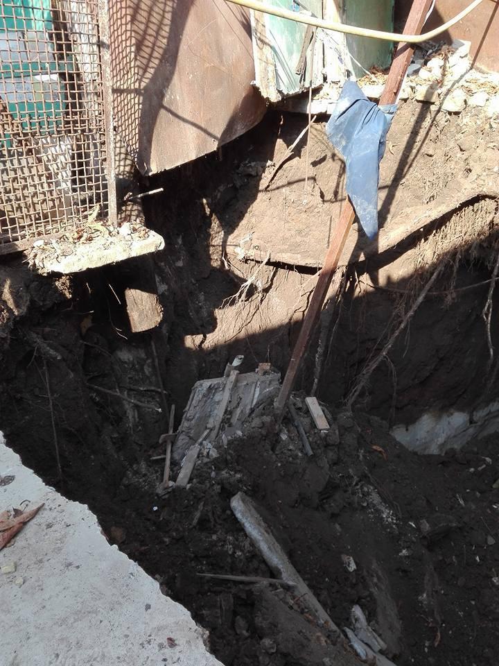 На Андреевском спуске в Киеве возник большой провал: появились фото