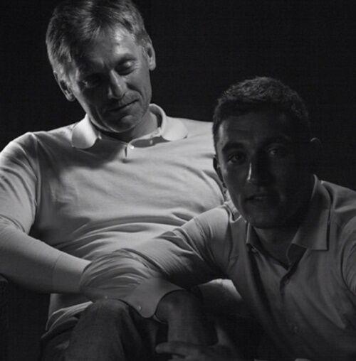 """Тюрьма и безработица: Навальный рассказал """"историю успеха"""" сына спикера Путина"""