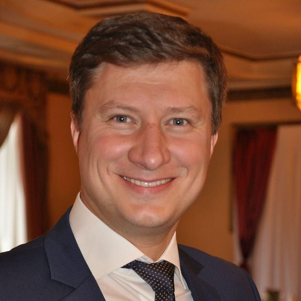 Кабмин назначил нового члена НАПК