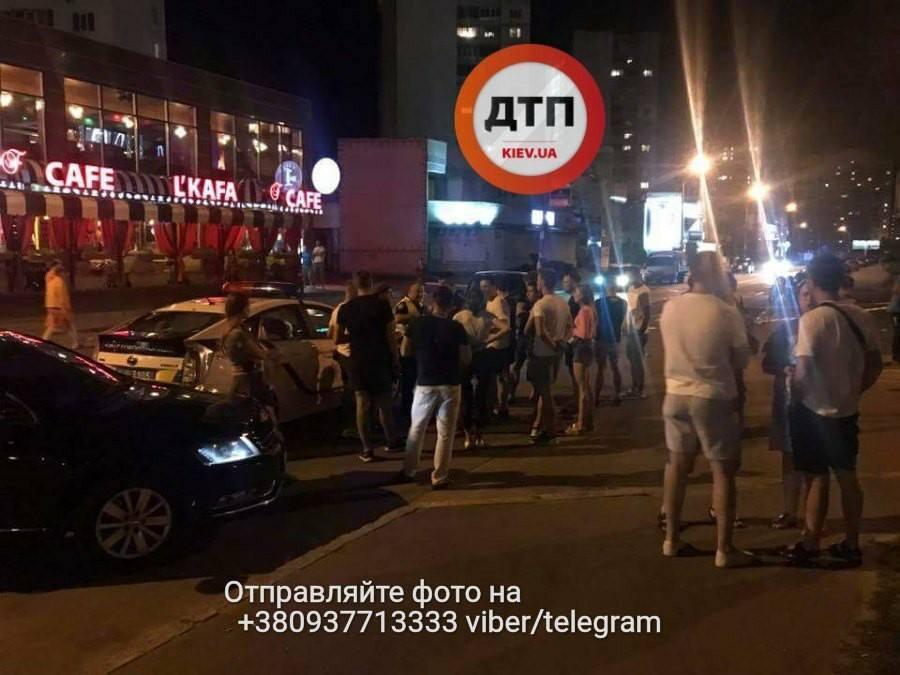 У Києві п'яний поліцейський збив мотоцикліста - соцмережі
