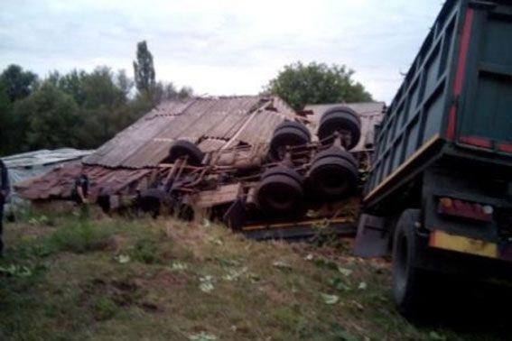 Лоб в лоб: в Харькове произошло жуткое массовое ДТП