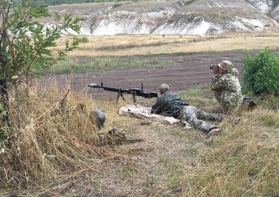 Оккупанты понесли серьезные потери: волонтер сообщил о мощном бое на Донбассе