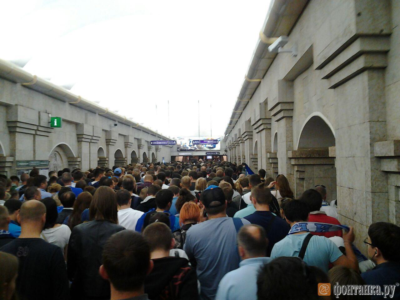 На главном стадионе ЧМ-2018 в России произошел грандиозный коллапс: фотофакт