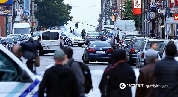 ВБрюсселе милиция  расстреляла автомобиль, шофёр  которого грозил  взрывчаткой