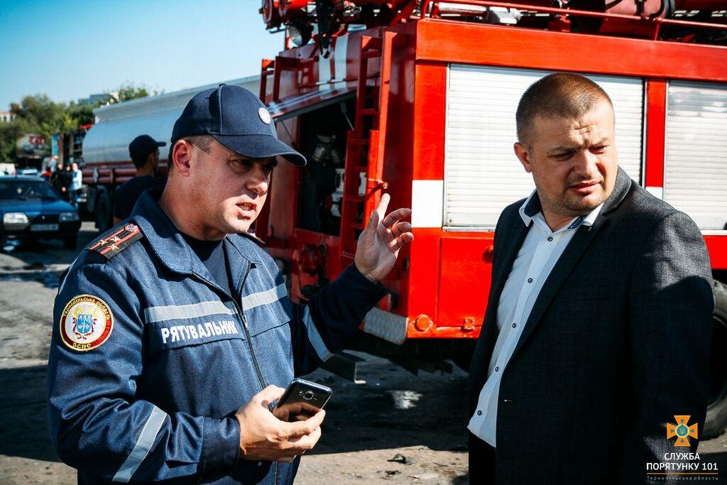 В Тернополе на трассе перевернулся бензовоз: опубликовано жуткое видео