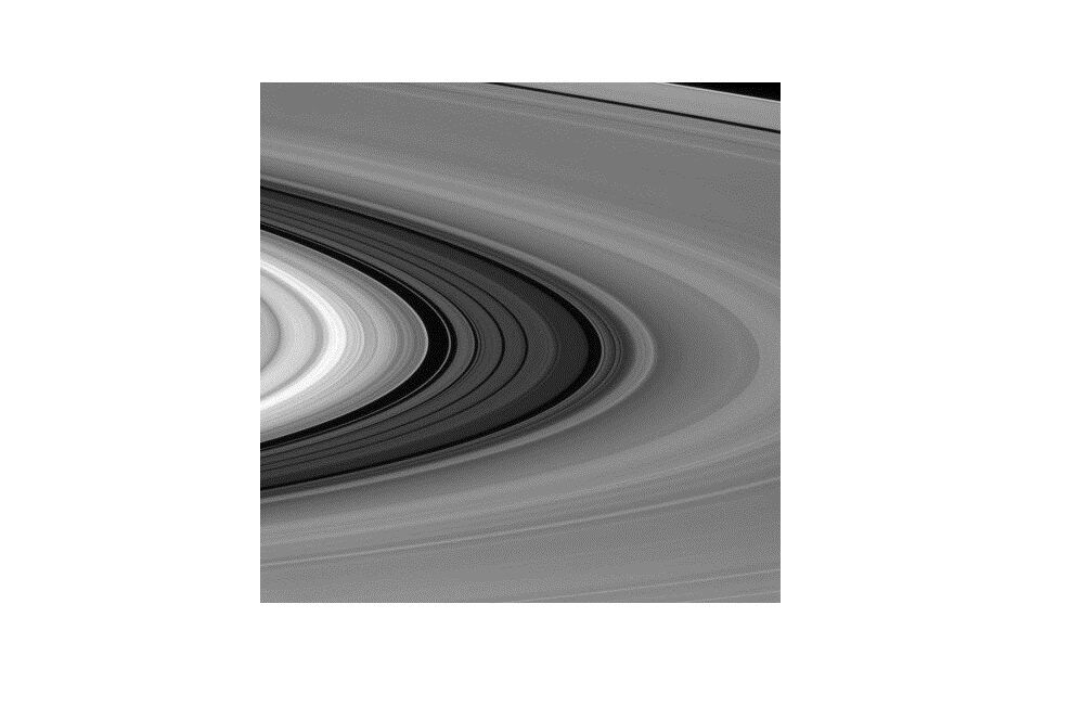 Космический зонд Cassini начал завершающий полет кСатурну