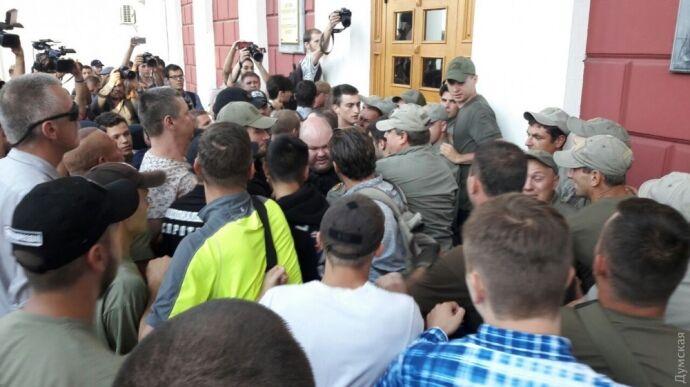 Трагедія вОдесі: активісти пішли наштурм мерії