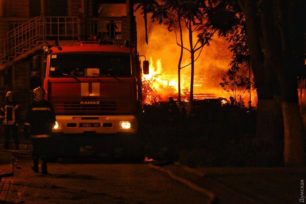 Пожар вдетском лагере вОдессе: отменили концерт группы «Бумбокс» из-за траура