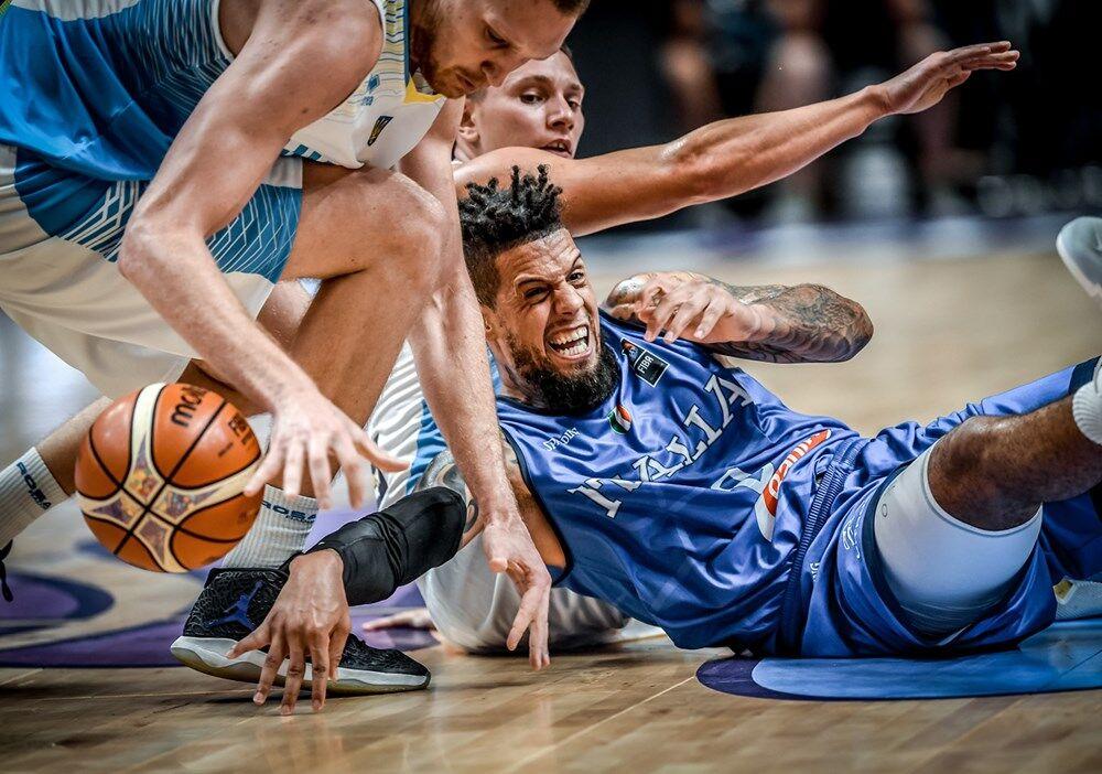 Украина проиграла Италии на Евробаскете-2017