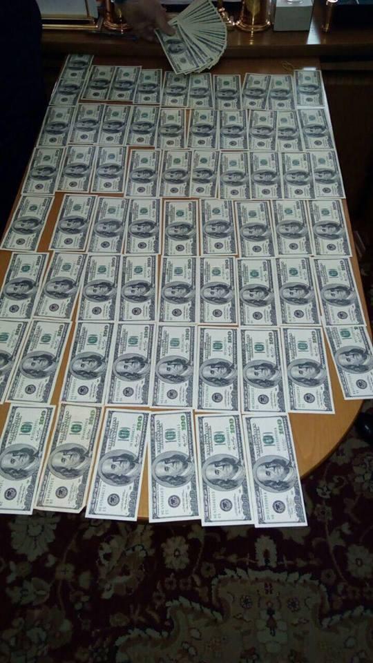 """Судді """"погоріли"""" на $300 тис. хабара Холодницькому: стали відомі подробиці"""