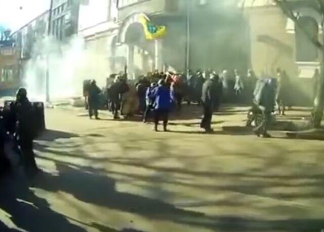 Розстріли на Майдані: з'явилося нове відео з Кріпосного провулку в Києві