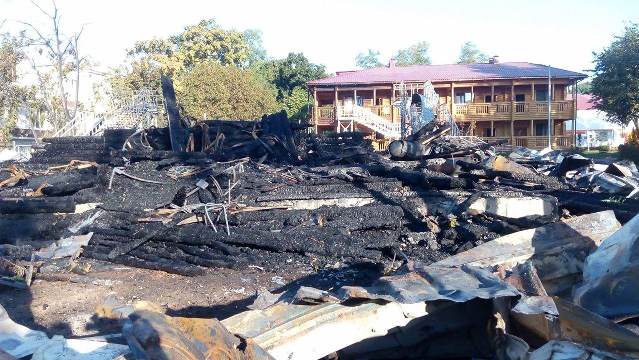 Последствия пожара в детском лагере Одессы