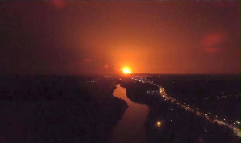 Взрывы на складе боеприпасов под Винницей: в сети показали, как выглядит зона ЧП