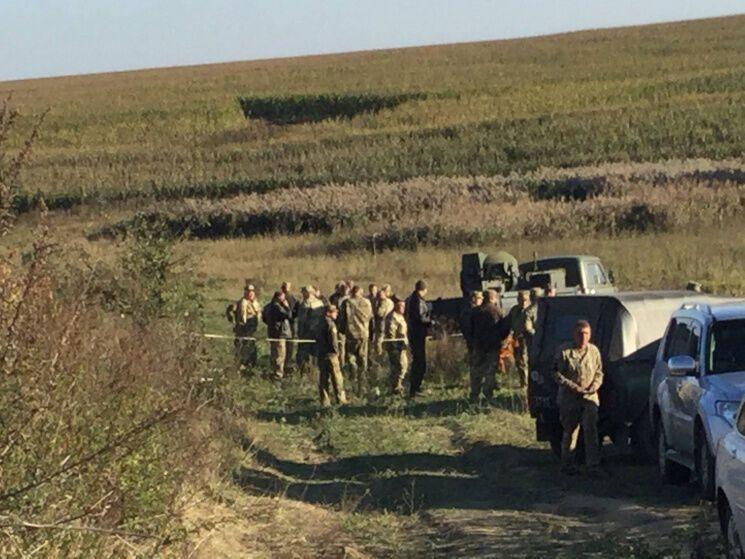 Катастрофа військового літака під Хмельницьким: з'явилися перші фото і відео з місця НС