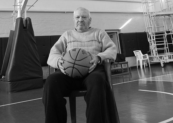 Умер легендарный украинский тренер
