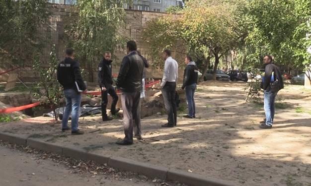ВКиеве вканализационном коллекторе отыскали мужчину без головы