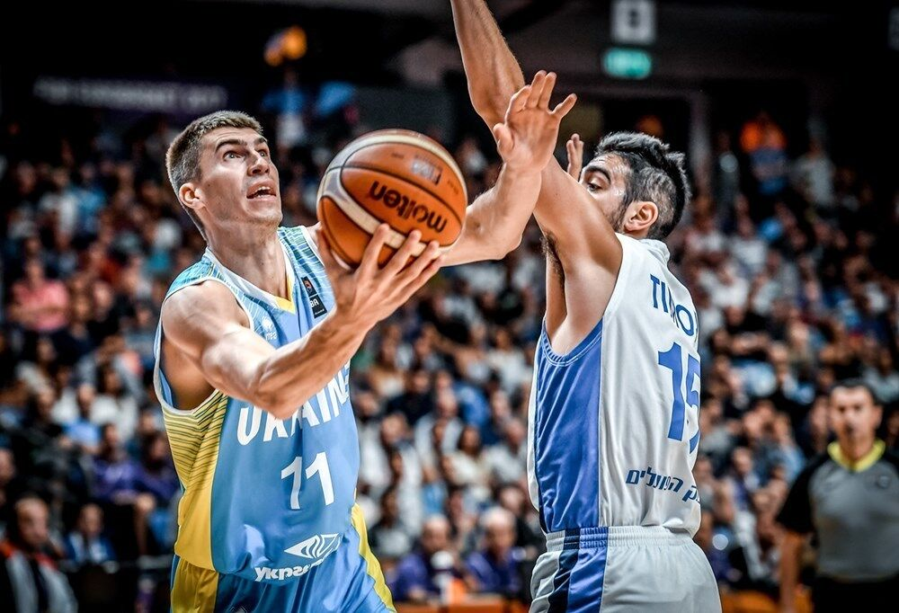 Збірна України в розкішному стилі вийшла в плей-офф Євробаскету