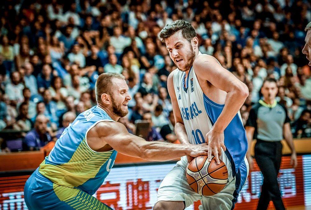 Украина в роскошном стиле вышла в плей-офф Евробаскета